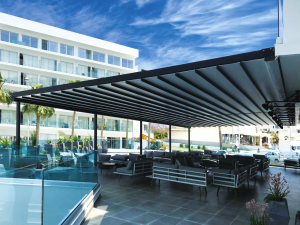 Alpha Grande Q fully extended retractable Roof system